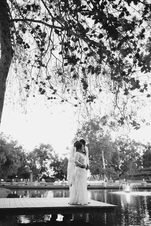 jas_theo_lakeoak_meadows_wedding_-083.jpg