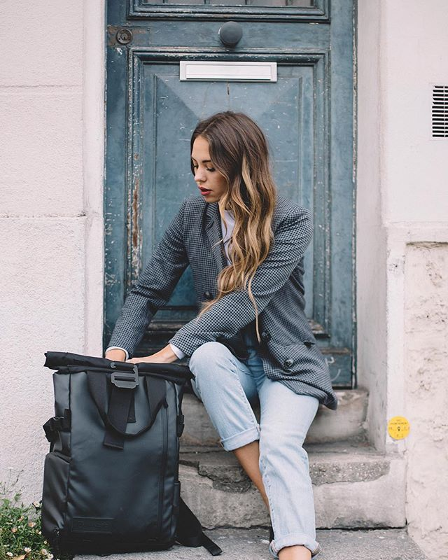 GIVEAWAY TIME 👏🏼 I've teamed up with my FAVORITE @wandrd to giveaway a PRVKE travel backpack. With as much as Jordan and I travel and have to lug around so much camera equipment this bag has made my life so much easier! I'm SOO excited to share it with one of you!! to enter: +follow both myself @kaitlynoelle + @wandrd +tag your friends, each tag is an entry +like this post👍🏼 +winner will be announced wednesday  happy tagging!