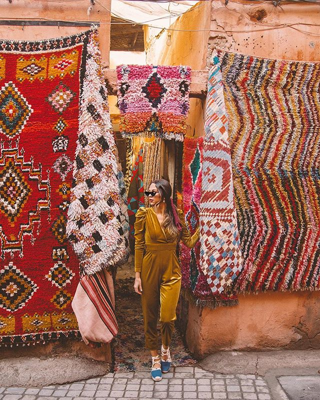 Quite often I find myself daydreaming of Morocco ✨ the peaceful Riads, the shopping, the colors and textures 🥰 what is your last minute dream getaway destination?! No time like the present! In cooperation with Expedia! With the @expedia app you get exclusive access to coupons with $100 off selected flights and 90% off selected hotel bookings launching December 13th through the app! Find the savings and treat yo self! you can download the app using the link in my bio! #Expedia #HitReset #ad