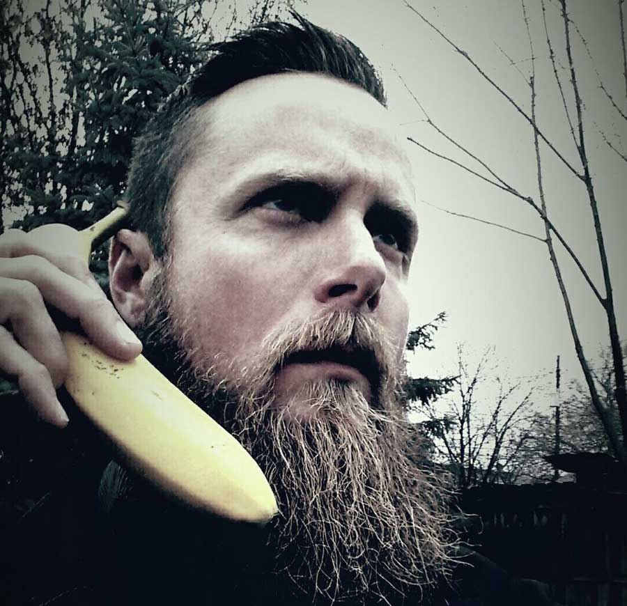 ERIC (FRENCHY) - Bar Tender Extraordinaire | Banana | Metal Head | Berzerker