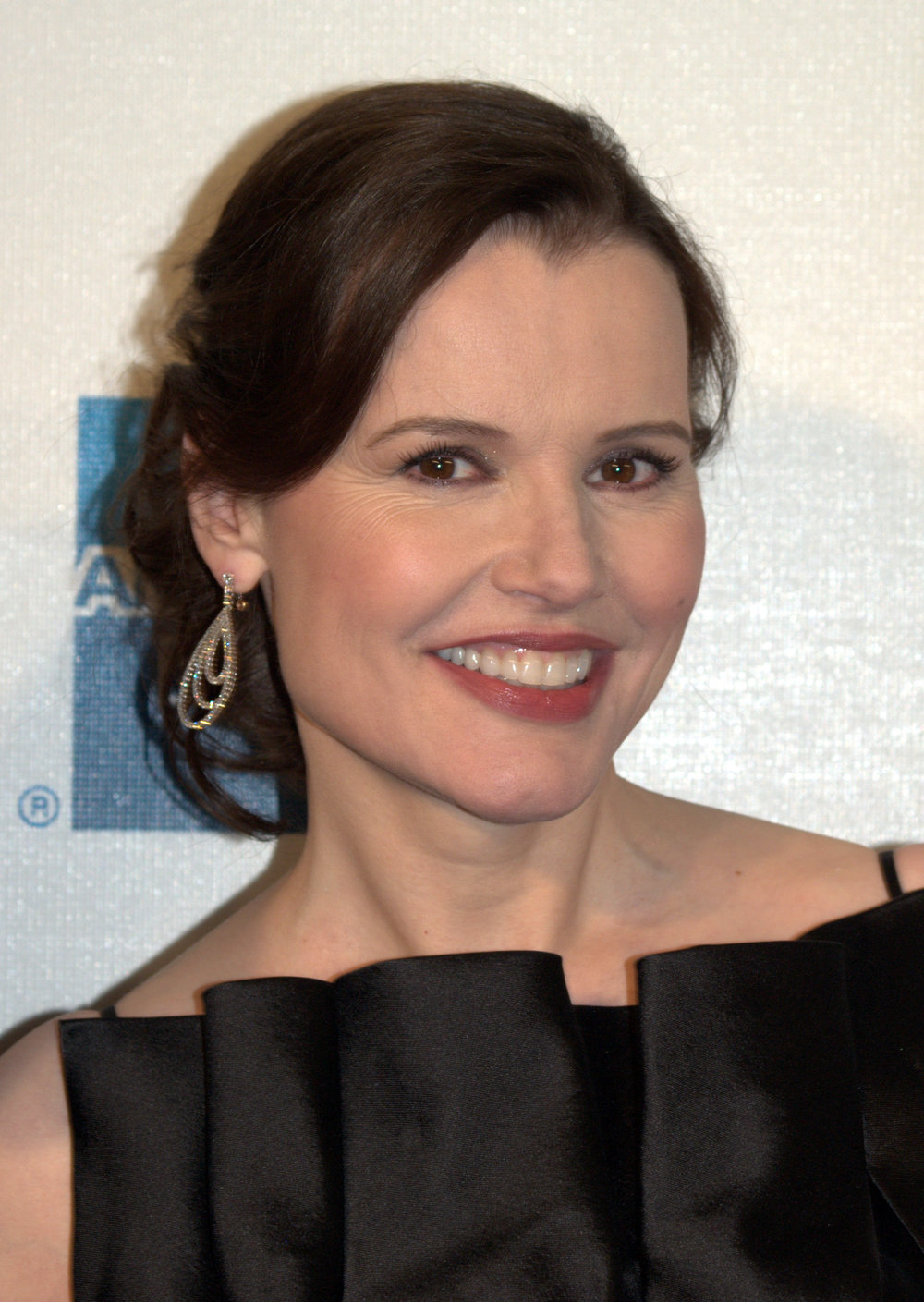 Geena_Davis_at_the_2009_Tribeca_Film_Festival.jpg