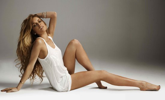 Sexy-Photos-Lindsay-Lohan-Promoting-New-Spray-Tan-Sevin-Nyne.JPG