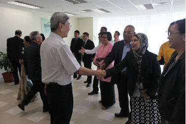 Dato' Mah arrives for a briefing