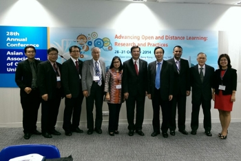 Prof Ho & Dr Andy attend the AAOU Executive Committee meeting at OUHK.