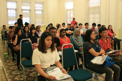 New students attending Orientation at the main campus.