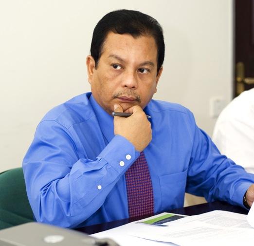 Dato' Ahmad Shukri Tajuddin.