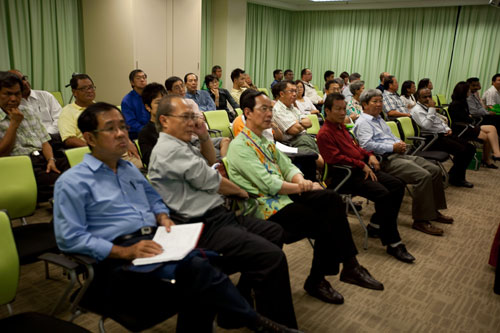 Participants listening to the lecture.