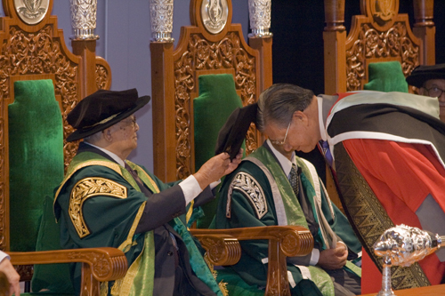 Dato' Sharom Ahmat being conferred Honorary Degree.