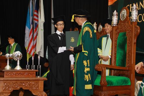 Gabriel Gim won the inaugural Tun Dr Lim Chong Eu Memorial Prize.