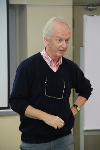Dr David Murphy conducts a workshop.