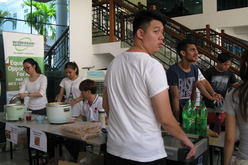 Food fair held at the main campus.