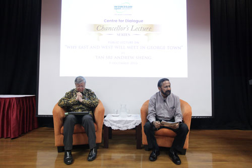 Prof Suresh Narayanan (right) introduces the speaker.