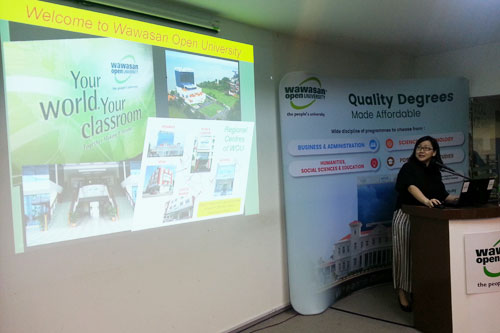 Dr Bong shares on the University's ODL model at Kuala Lumpur Regional Centre.