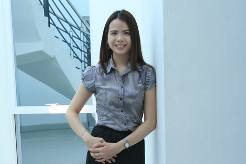 Top graduate from the full-time, on-campus learning programmes, Melody Lim.
