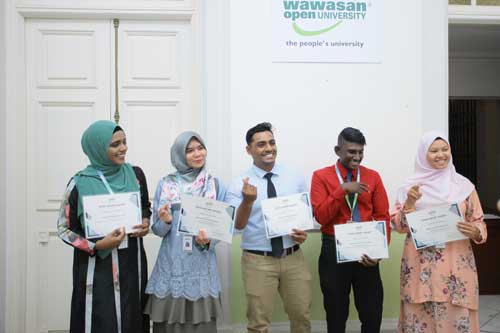 Recipients (from left) Halimatussadia, Haida, Previnan, Hariharan and Siti Khadijah.