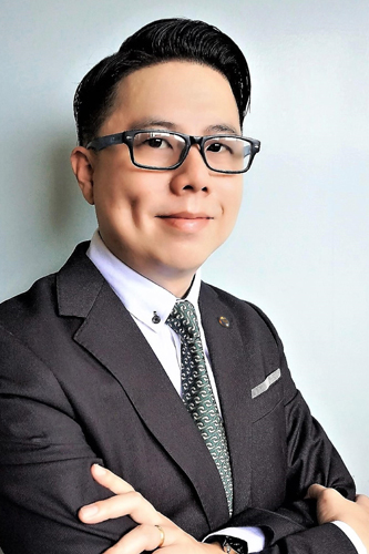 Paul Goh is top graduate from the ODL undergraduate programmes.