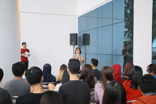 Prof Zoraini encourages the students to make lots of friends while in University.