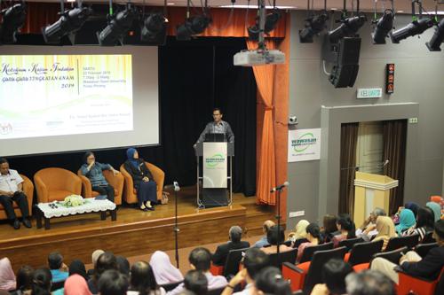 Form Six teachers must prepare students for University, says Abdul Rashid.