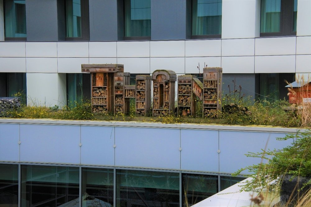The insect hotel on the roof of the Thon Hotel EU. (Picture by E. Uskokovic)