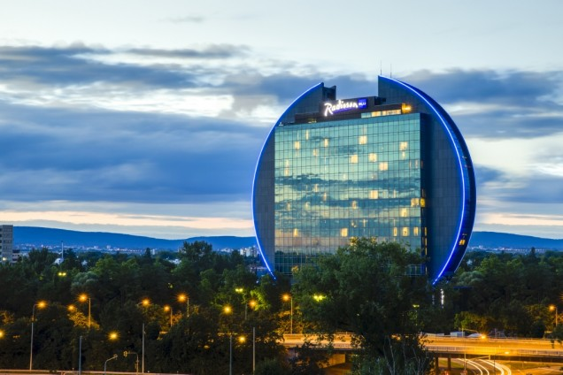 Radisson Blu Frankfurt trials low carbon energy tech