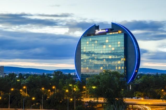 Radisson Blu Frankfurt trials low carbon energy tech