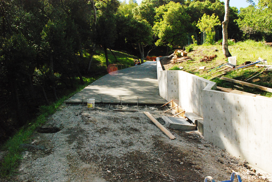Driveways patios all phase concrete for Steep driveway construction