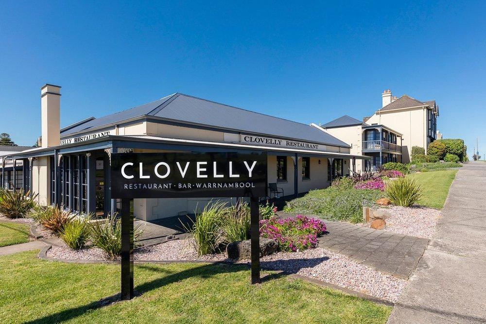 clovelly-restaurant-warrnambool-best-western-olde-maritime-exterior.jpg