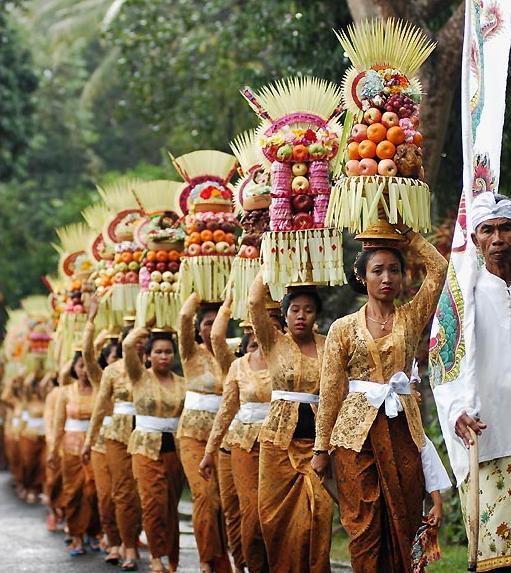 balinese-people.jpg