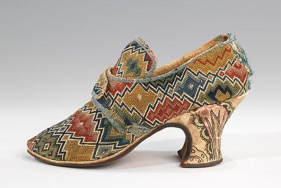 Originalmönstret från 1700-talet på en sko.The Metropolitan Museum of Art.