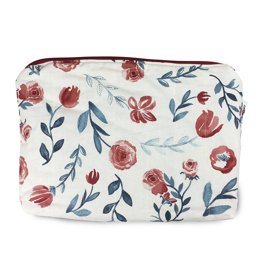 Simply Lavish carry-all pouch -