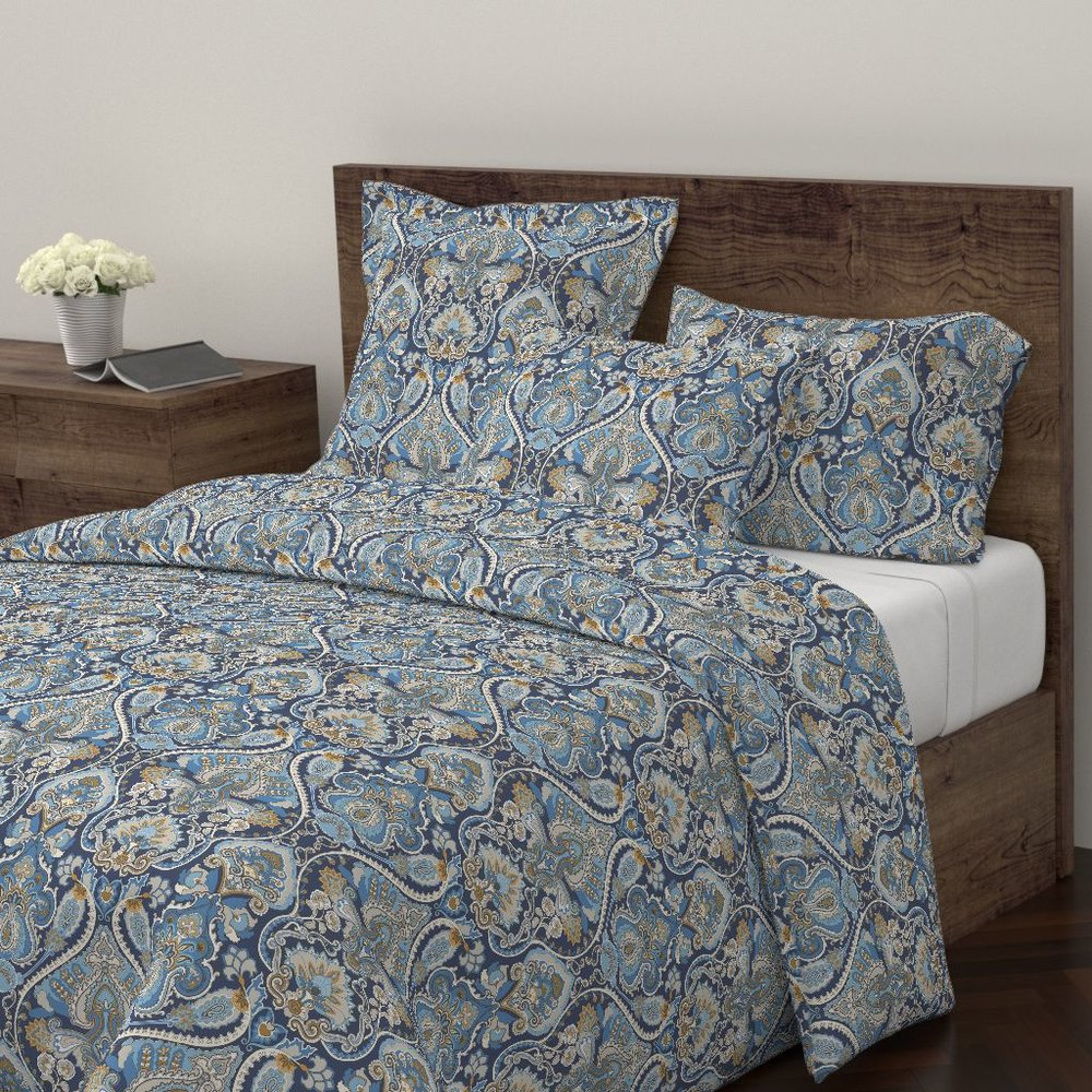 ADRIAN PAISLEY ATLANTICDUVET COVER - To the Roostery shop >>