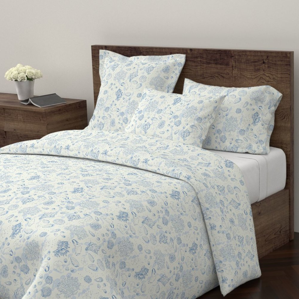 Sea toile ocean blue duvet cover - To the Roostery shop >>