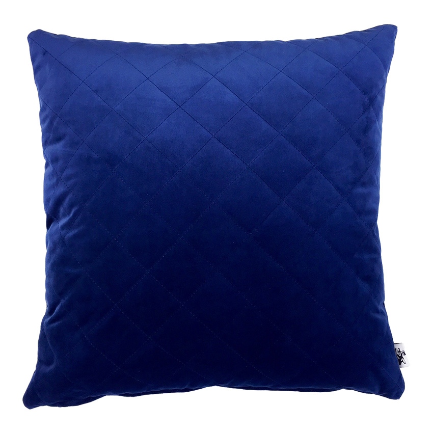 Nr 35. BLUE VELVET. Kuddfodral i sammet. 50x50 cm. 3 st kvar i lager.  PRIS: 190 kr