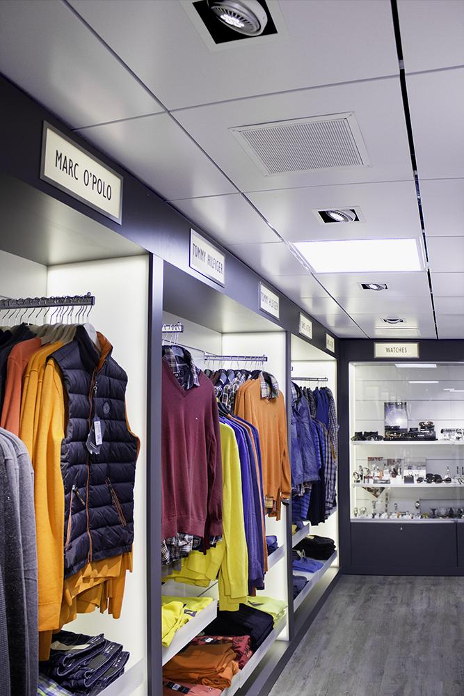 Sisustusarkkitehtuuri_galleria_Fashion Street_Vaatemyymala_8.jpg