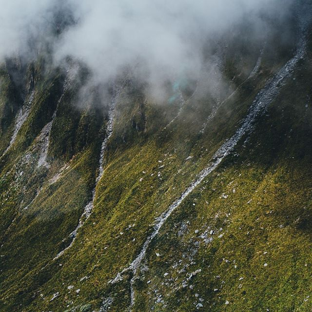 Am I the only one who has these moments? ⠀⠀⠀⠀⠀⠀⠀⠀⠀ This was the time I was freaking out about going in a helicopter but also super excited to see the views. 🤣 It was well worth it for this. ⠀⠀⠀⠀⠀⠀⠀⠀⠀ •⠀⠀⠀⠀⠀⠀⠀⠀⠀ •⠀⠀⠀⠀⠀⠀⠀⠀⠀ •⠀⠀⠀⠀⠀⠀⠀⠀⠀ #newzealand #nz #nzmustdo #destinationnz #purenewzealand #newzealandvacations #newzealandguide #discover_newzealand #ig_newzealand #realmiddleearth #gottalovenz #earthoutdoors #outdoortones #trappingtones #moodytoning #moodnation #ourclickdays #folkscenery #thewanderco #thevisualscollective #ournaturedays #purenz #newzealandphotography #canonnz #southislandnz