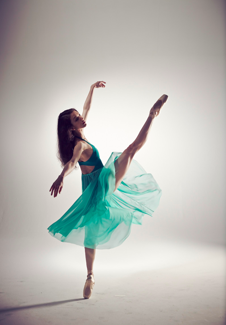 Juliet Burnett as Bloch Ambassador 2014