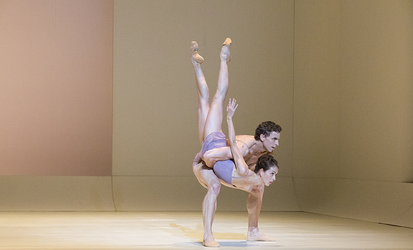 Juliet Burnett and Kevin Jackson in Wayne McGregor's Chroma
