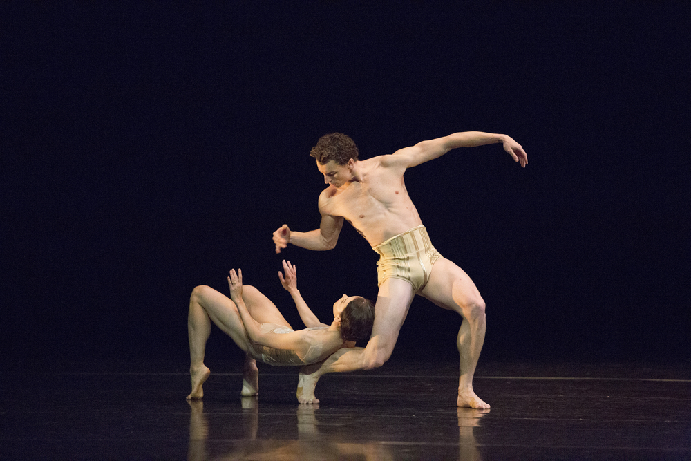 Juliet Burnett and Kevin Jackson in Jiri Kylian's Petite Mort