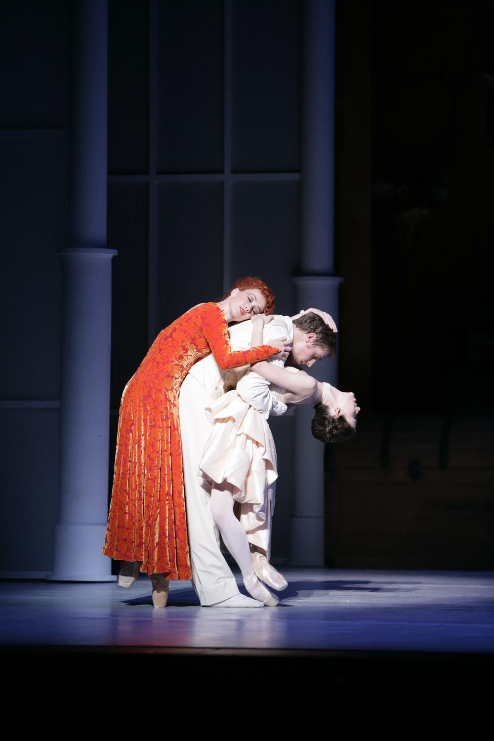 Juliet Burnett as Sophie with Lucinda Dunn as Marschallin and Ty King-Wall as Octavian in Graeme Murphy's The Silver Rose