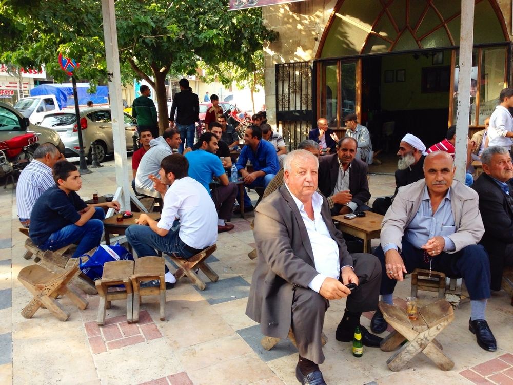 Men drink tea in the south-eastern Turkish city of Urfa, where many Syrian refugees have fled. ©Ruth Pollard 2014