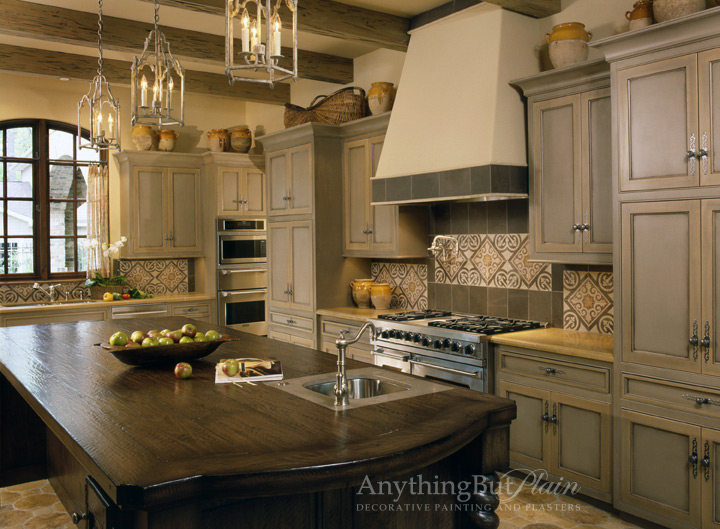 Two Color Grey and Crème Kitchen Cabinets