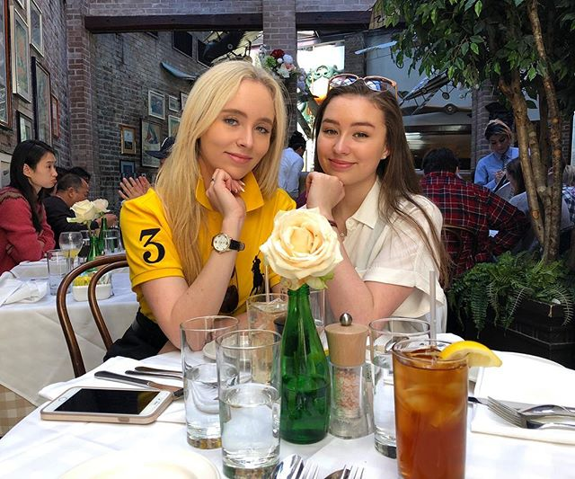 Happy Saturday everyone💥💕 #happysaturday #saturday #easter #2018 #sister #sisterlove #lux #dc #georgetown #lunch #brunch #weekend #holiday #familytime #like #comment #follow #spam #like4like #commentforcomment #followforfollow #spamforspam #new #newpost