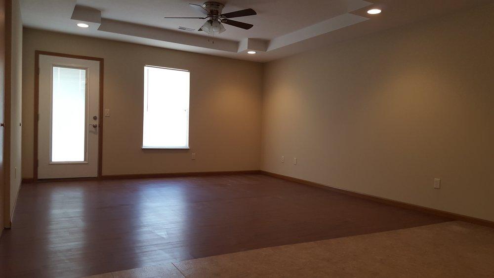 2 bed garage living room.jpg