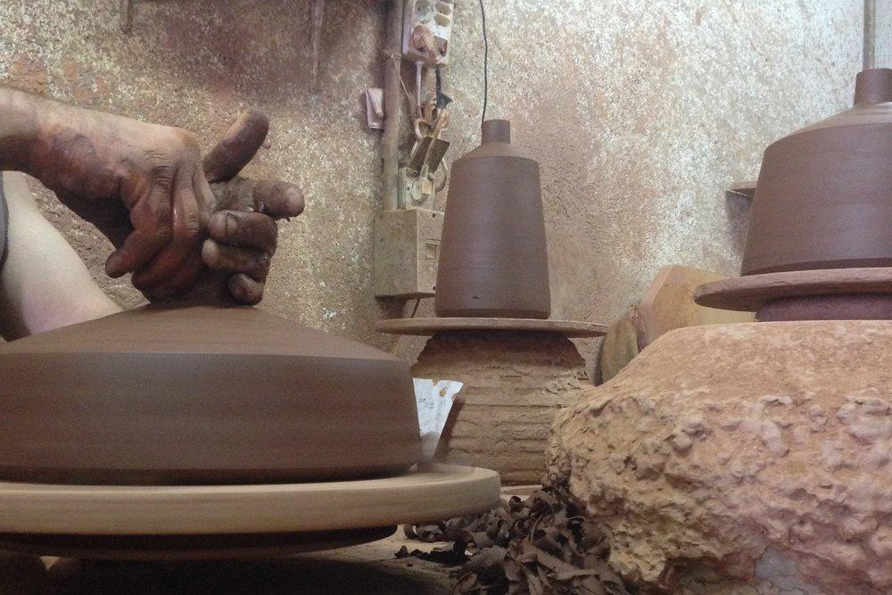 håndlaget+keramikk+pott+lamper+flame.jpg