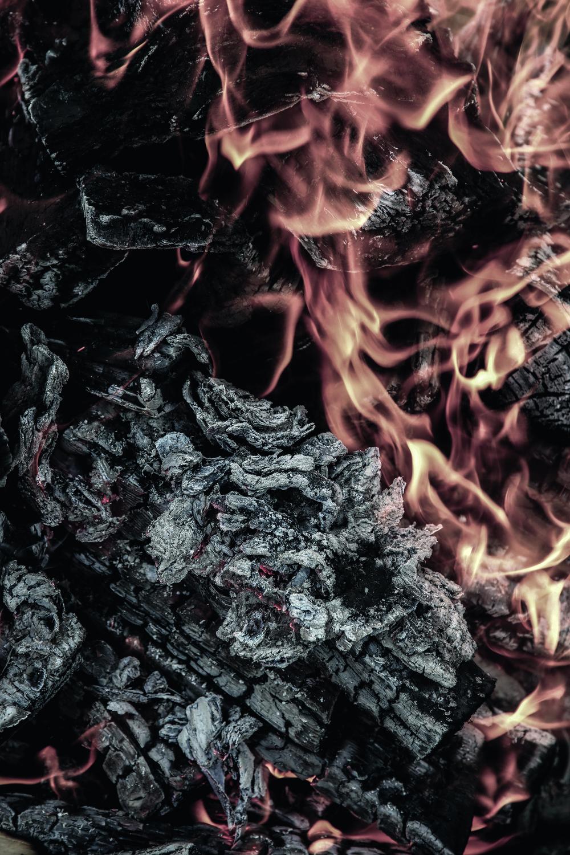 Vi  trenger ild    Vi trenger noe å brenne for