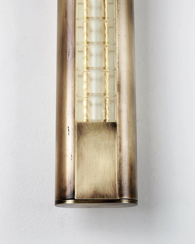 Whether dimmed or at full power, our Yakata sconce is beautiful. The Yakata lens is 3D printed to order in our studio, which allows us to make truly customized fixtures for our clients. This high tech process uses a laser to cure a photopolymer resin and takes over 60 hours of printing to produce enough to complete a single fixture. The lens is finally finished after many more hours of post process surfacing techniques like wet sanding, sand blasting, and polishing.  #bespokelighting #customlighting #modernlighting #3dprinting