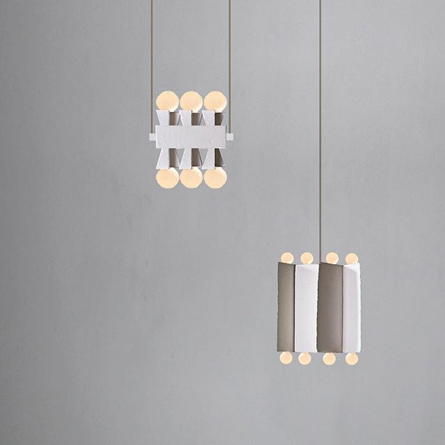 Sneak peek behind the scenes and into the Daikon sketchbook of @jurysmithstudio . . . . . . . . #contemporarylighting #modernchandelier  #linelight #linearlight #modernlighting #architecturallighting #moderninteriors #scandinaviandesign #scandinavianinteriors #bespokelighting #luxuryfurniture #highendmodern #minimalstdesign #minimalistlighting #minimalstchandelier #luxuryminimal #daikonstudio #daikonic