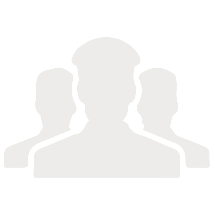 6 CREW - CAPTAIN, CHEF, HOSTESS, 3 DECK HANDS