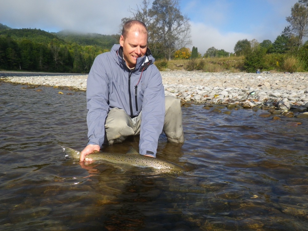 Salmon Lodge regular Jim Peterson releases  one back to swim another day, Congratulations Jim!