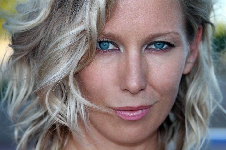 Sarah Hylander - Comedian